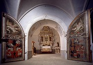 Tower chapel, showing the door crests of the Kuefstein and Puechheim families, Greillenstein Castle, Austria, 1570_1590