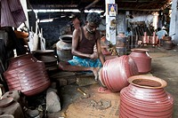 People making metal pots , Tirupur , Tamil Nadu , India