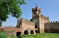 Montagnana  Italy  14th C ramparts surrounding the town
