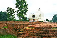 Lord Buddha´s nirwan stupa ; Mahaparinirvan temple ; Kushi Nagar ; Uttar Pradesh ; India