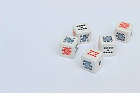 five dices