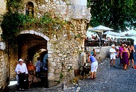 The medieval perched village of Saint Paul de Vence, Alpes-Maritimes, 06, French Riviera, Cote d´Azur, PACA, France.