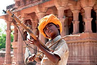Folk musician , Mandore , Jodhpur , Rajasthan , India NO MR