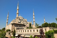 Sultan Ahmet I Mosque or Blue Mosque, built by the architect Davut Aga between 1603 and 1616  View from the Cavalry Bazaar  UNESCO World Heritage