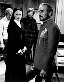 UIG-911-16-29489 Italian actress Virna Lisi and Italian dubber Renato De Carmine acting dressed as a nun in Challenge to White Fang Rome 1974 Challeng.....