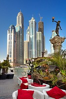 Dubai Marina, restaurant on the promenade in Marina district, Dubai, United Arab Emirates