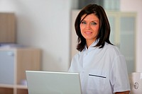 Brunette receptionist