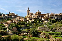 panoramic view of the pictoresque town, Spain, Balearen, Majorca, Valdemossa