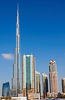 Construction and new skyline of amazing Dubai UAE with the world´s tallest building Burj Khalifa at 2722 feet and 162 stories in thriving new United A...