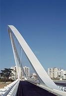 PONT DE L´EUROPE BRIDGE OF EUROPE, ORLEANS, FRANCE, CALATRAVA, EXTERIOR, VIEW OF STRUCTURE.