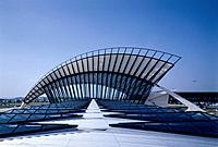 SATOLAS AIRPORT TGV STATION LYONS, LYON, FRANCE, Architect SANTIAGO CALATRAVA.