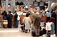 Terminal 4 of the Hamburg Airport. - HAMBURG, GERMANY, 08/08/2003