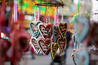 Germany, North Rhine-Westphalia, Cologne, gingerbread hearts