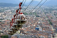 Cable car, Grenoble, Isere, Rhone-Alpes, France.