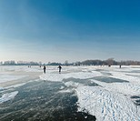 Netherlands, Holland, Europe, Monnickendam, Skating, lake Ijssel, landscape, water, winter, snow, ice, people, skaters,