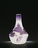 Glassware - Italy - 20th century. Soliflore vase, Violet-nuanced opaque white glass. Cameo engraved, 1910-20  Private Collection