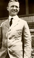Charles William Metz (1889-1975), US geneticist and zoologist. Metz studied cytogenetics and the nature of chromosomes and their role in heredity, dev...