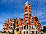 Jefferson County Courthouse was built in the Romanesque style courthouse in 1890