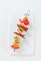 Meat and vegetable skewer