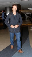 Celebrities at LAX airport in Los Angeles Featuring: Mark Feuerstein Where: Hollywood, California, United States When: 21 Nov 2014 Credit: WENN.com