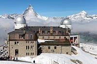 Der Gornergrat nahe Zermatt ist ein beliebtes Ausflugsziel für Urlauber aus aller Welt, bietet er doch einen hervorragenden Blick auf das Matterhorn /...