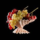 grapes in the bowl