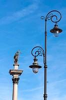 Street lamp and Zygmunt III Vasa.