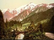 St. Marie bridge, Chamonix Valley in France, c.1890-c.1900 / Private Collection / Bridgeman Images