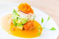 Tartar salmon salad