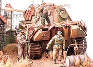 Miniature with soldiers andgerman tank Panther