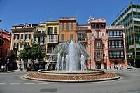 Fountain at the Plaza de la Reina, Palma de Mallorca, Majorca, Balearic Islands, Spain