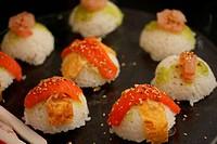 Nigirisushi: rice sushi with fish topping