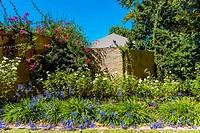 Gardens, Kleine Zalze Wines, Stellenbosch, Cape Winelands, South Africa.
