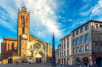 Europe, France, Midi-Pyrenees, Haute-Garonne, Toulouse. The Saint-Etienne Cathedral.