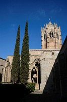 Church of Vallbona de les Monges seen from the cloister