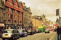Cars and taxi cabs in the Old Town, Royal Mile, Edinburgh during Fringe Festival, Summer 2015, Scotland, United Kingdom.