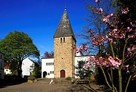 Germany, Oer-Erkenschwick, Ruhr area, Westphalia, North Rhine-Westphalia, NRW, parish church Saint Peter and Paul in Oer, catholic church.