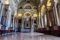 The sacristy is a rectangular space of 12 by 22 meters, a masterpiece of Andrés de Vandelvira, Account with 16 arches supported on fragments of entabl...