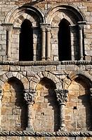 Colegiata románica de San Pedro - Cervatos - Campoo de Enmedio - Los Valles - Cantabria - España - Europa.