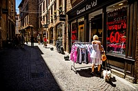 Shopping in rue Roquelaure, Albi (Tarn Department, Midi-Pyrénées Region, France).