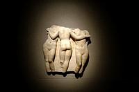 las tres gracias, fragmento de relieve, italia, siglos I-II dC, marmol, coleccion His de la Salle.