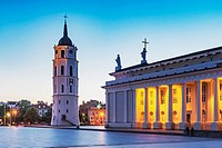The Cathedral Square with the Vilnius Cathedral and the free-standing bell tower is located in the old town of Vilnius, Lithuania, Baltic States, Euro...