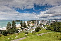 New Zealand, North Island, Mt. Manganui, elevated town view from the Mount.