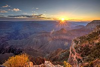 Sunrise over the Grand Canyon seen from Yavapai Point, South Rim, Arizona, United States.