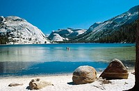 Tenaya Lake. Tuolumne Meadows. California. USA.