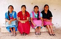 Potters. Lenca Indians. San José de Guajiquiro. Honduras.