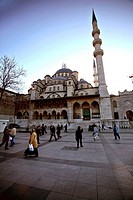 Turkey, Istanbul. Yeni Cami (New Mosque / 1597-1663) located on Eminönü area, close to the historical city center of Sultanhamet.