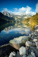 Saint Maurici lake, Aigüestortes national park, Lerida province, Catalonia, Pyrenees, Spain