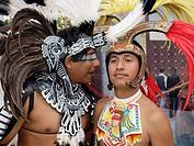 Conchero Aztec dancers. Ciudad de México.