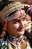 India, Rajasthan, Jaisalmer, Desert Festival, rajasthani woman portrait